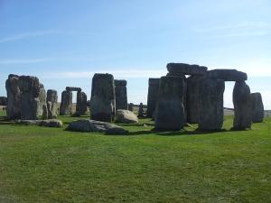 stonehenge-256060_640