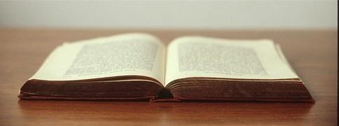 book-692575__180