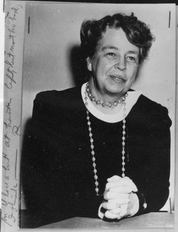 Eleanor_Roosevelt_-_NARA_-_195319