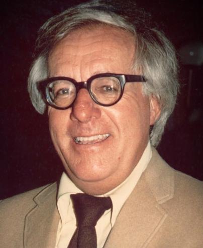 Ray_Bradbury_(1975)_-cropped-
