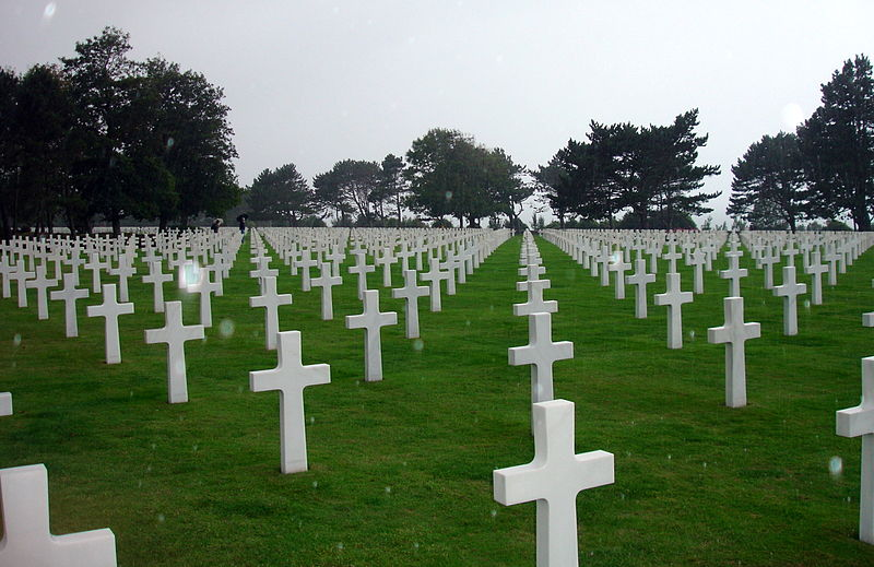 800px-WW2_Normandy_American_Cemetery_Rain