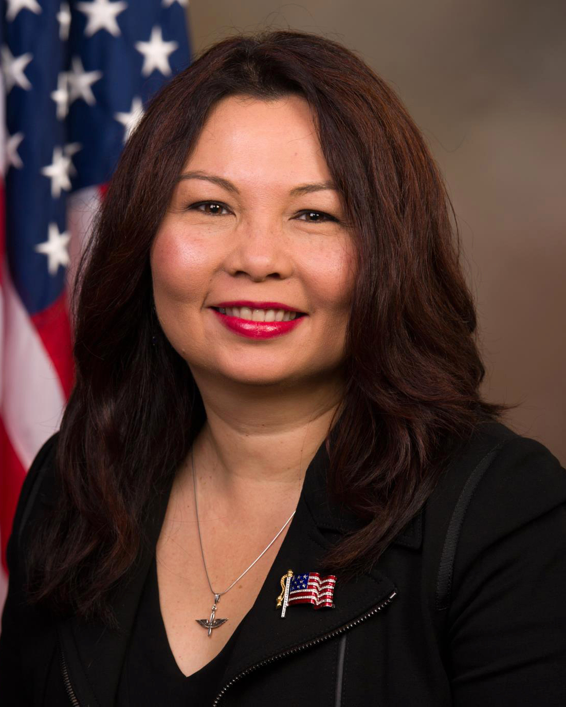 tammy_duckworth,_official_portrait,_113th_congress_(cropped)