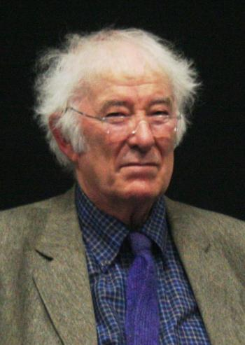 Seamus_Heaney_Photograph_Edit